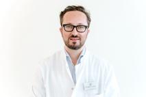 Dr. med. Daniel Szokodi